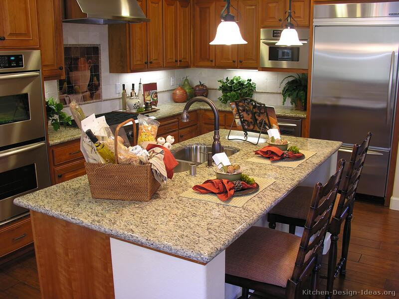 Small Kitchen Decorating Ideas For Home Staging: Medium Wood Kitchens
