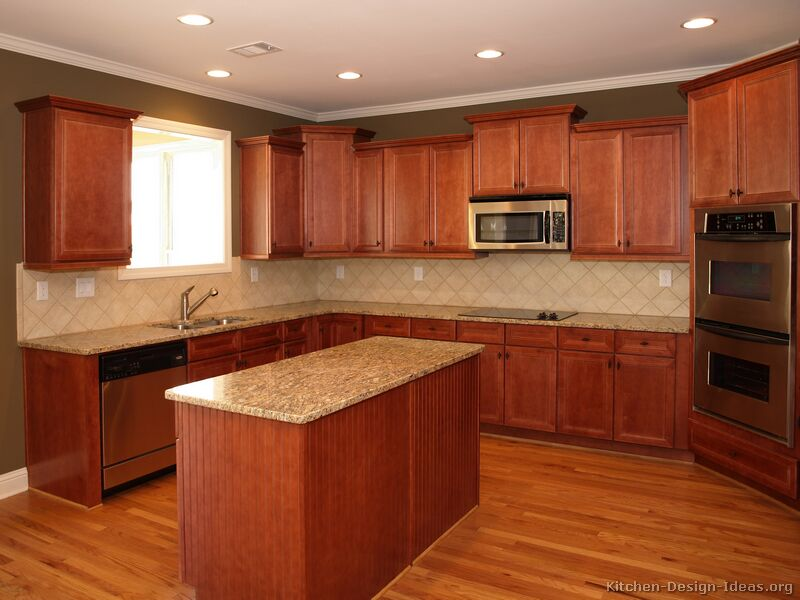 Pictures of kitchens traditional medium wood kitchens for Cherry kitchen cabinets