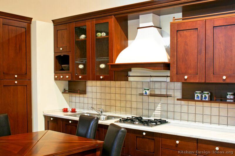 Italian Kitchen Design - Traditional Style Cabinets & Decor