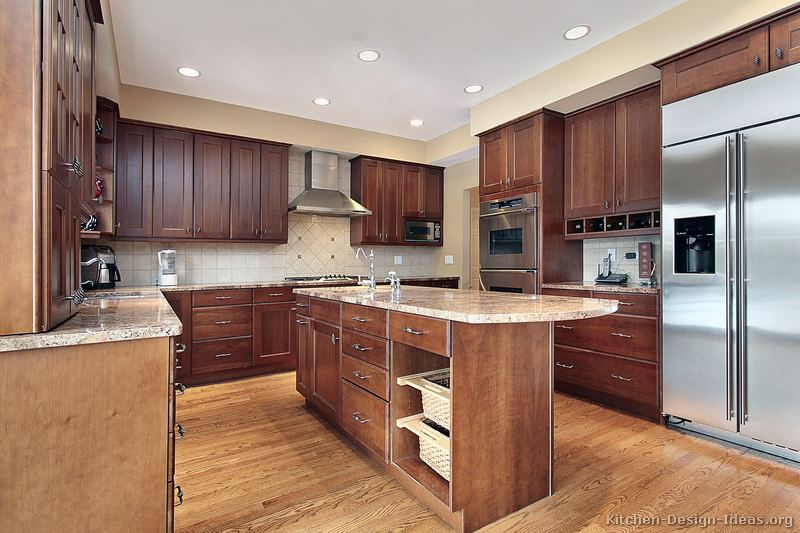 Pictures of kitchens traditional medium wood kitchens for Medium kitchen designs
