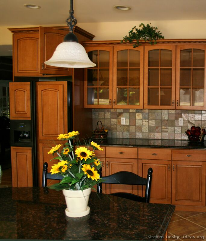 Kitchens With Uba Tuba Granite And Maple Cabinets