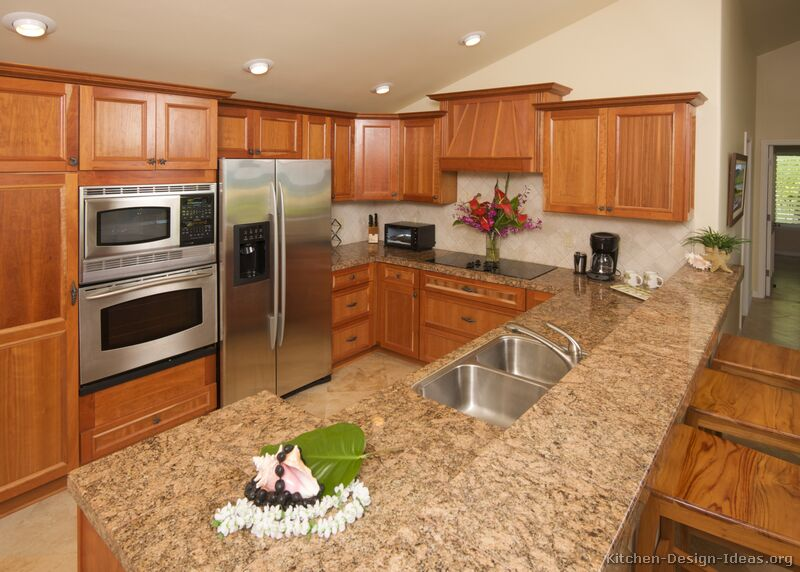 Pictures of kitchens traditional medium wood cabinets for Kitchen cabinet countertop ideas