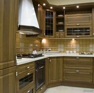 Traditional Medium Wood (Olive) Kitchen