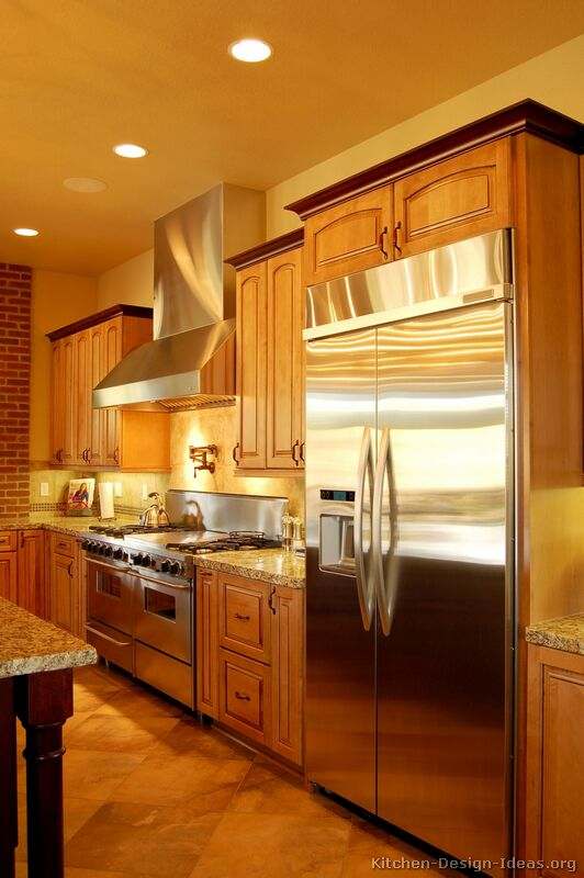 Of Kitchens Traditional Two Tone Kitchen Cabinets Kitchen 27