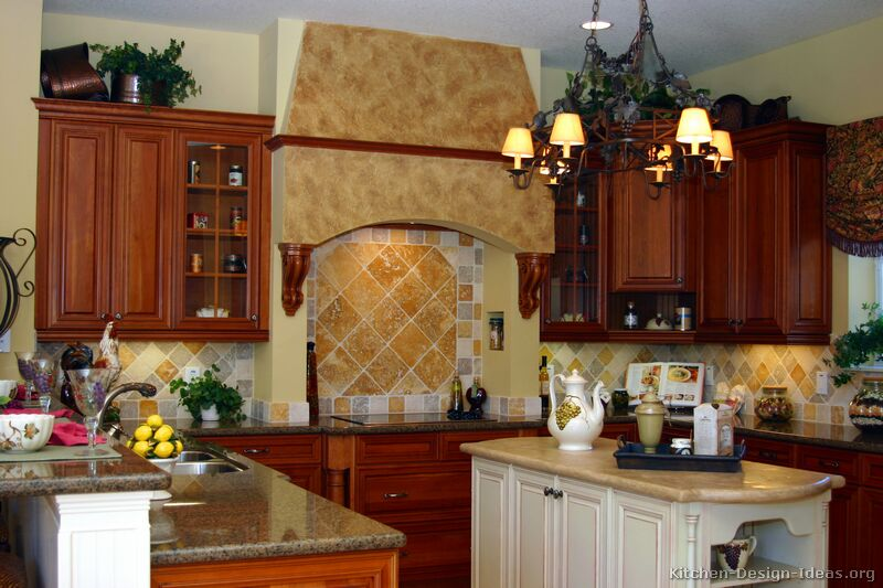 Tuscan Kitchen Design - Style & Decor Ideas