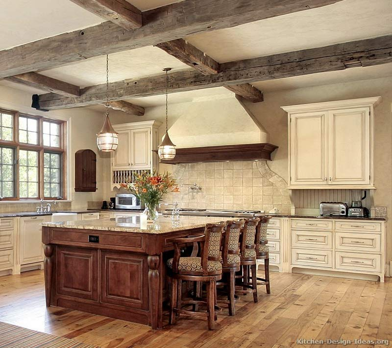 Rustic kitchen designs pictures and inspiration for Rustic white kitchen cabinets