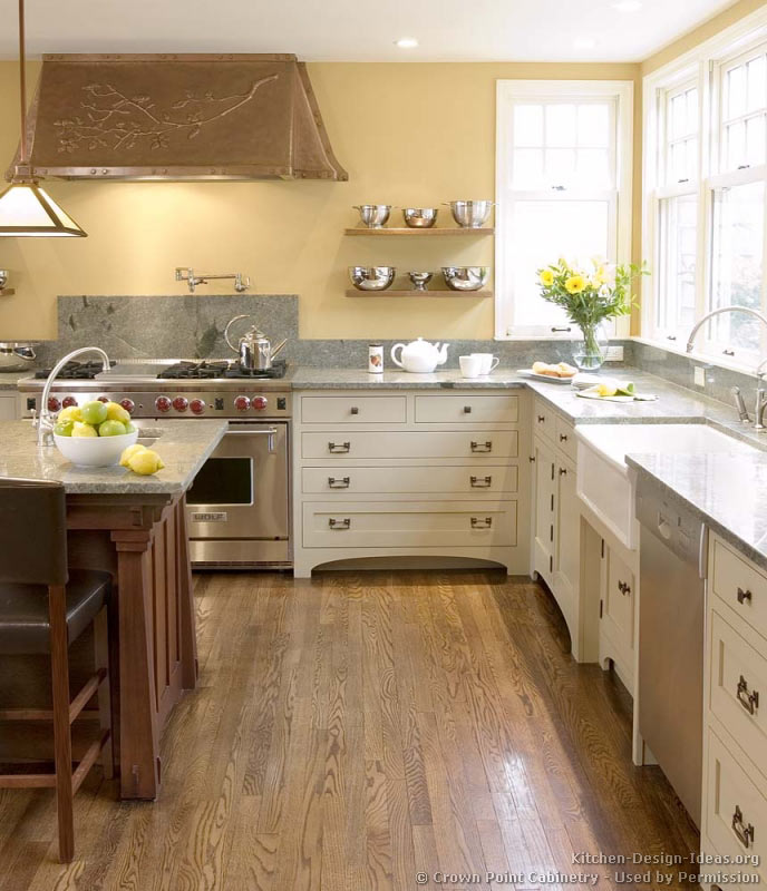 Pictures of kitchens traditional two tone kitchen for Kitchen gallery ideas