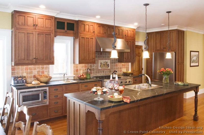 Pictures of kitchens traditional two tone kitchen for Style at home kitchen ideas