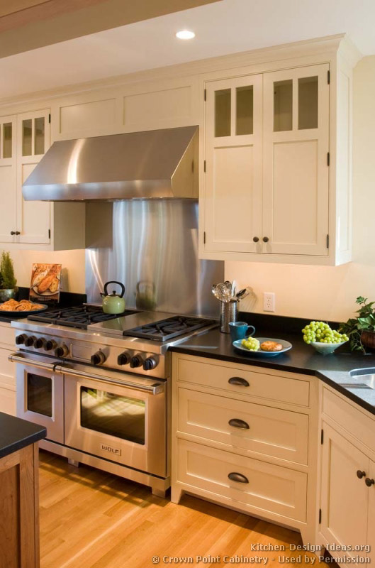 Pictures Of Kitchens Traditional Two Tone Kitchen Cabinets Kitchen 140