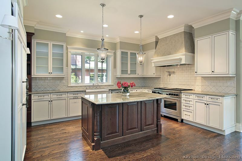 of Kitchens  Traditional  Two Tone Kitchen Cabinets (Kitchen #163