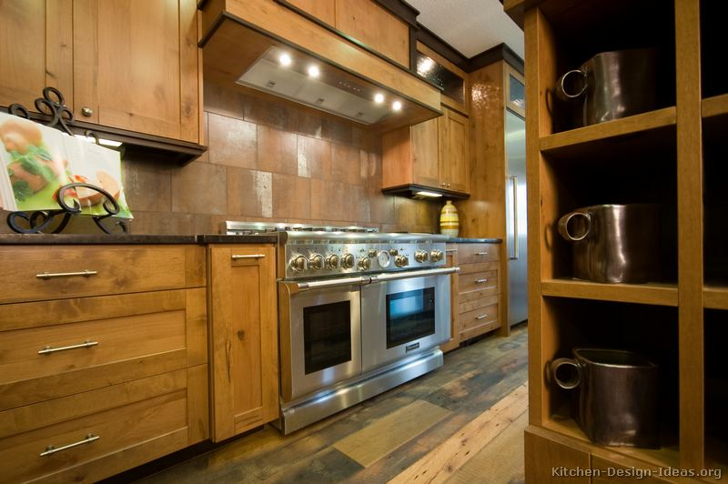 Rustic kitchen designs pictures and inspiration for Kitchen cabinets 12x12