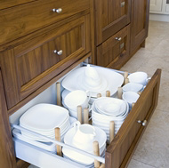Pull-Out Plate Drawer - Woodale Designs