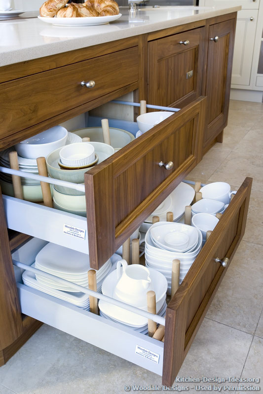Pull Out Plate Drawers   Woodale Designs