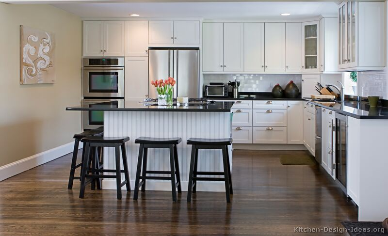 Pictures of kitchens traditional white kitchen cabinets for Kitchen designs with white cabinets