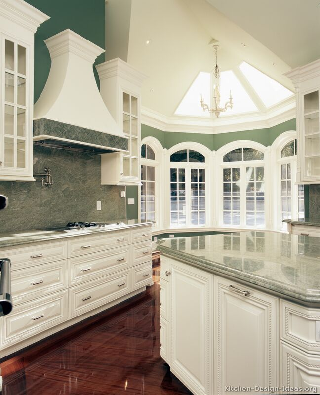 67 traditional white kitchen - Luxury White Kitchens