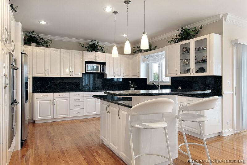 Black And White Traditional Kitchen pictures of kitchens - traditional - white kitchen cabinets (page 4)