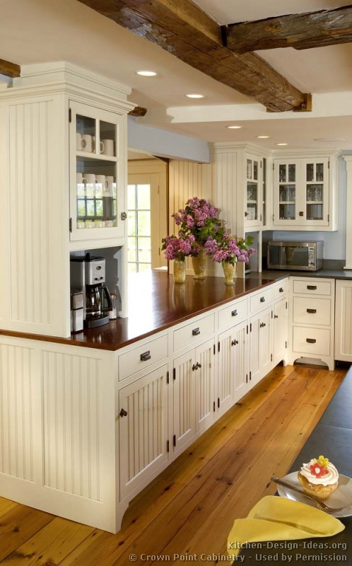 Pictures of kitchens traditional white kitchen for Country kitchen cabinets