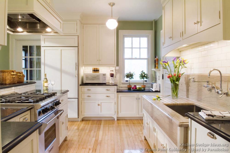 Pictures of kitchens traditional white kitchen for White kitchen cabinets with hardwood floors