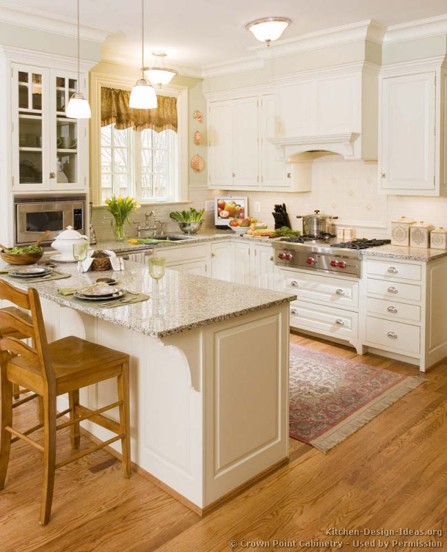 Pictures of kitchens traditional white kitchen for Kitchen design ideas pictures